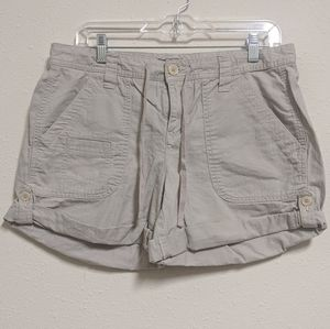 3for$20 Tommy Hilfiger shorts size 10 cream tan